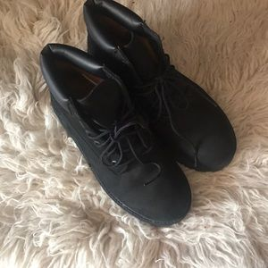 Timberland black boots in kids US size 3